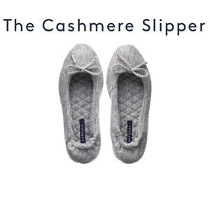 BRAND NEW Margaux Cashmere Slippers